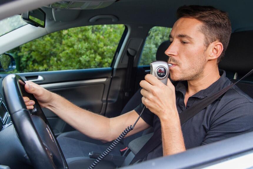 Контроль трезвости водителей специальными системами