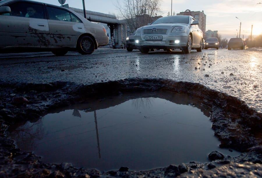 Действия водителя для возмещения ущерба из-за плохих дорог