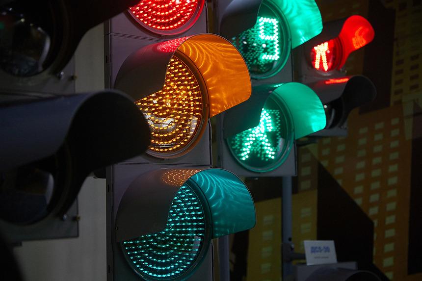 Особенности конструкции светофоров